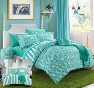 Aqua and White Bedding Set