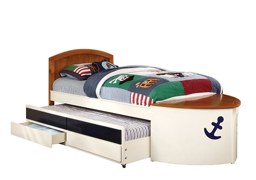 A Boat Shaped Bed Create An Experience With Decor