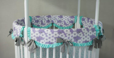Round Crib Bedding Sets for Those Who Prefer a Different Nursery